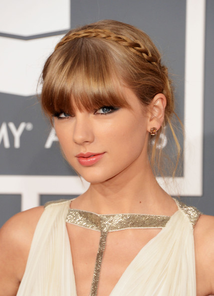 Taylor Swift Braided Updo Hairstyles